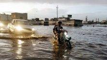 Наводнени пътища след силни дъждове в Сана, Йемен.