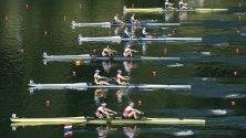 Женските състезателни отбори от Нидерландия, Румъния, Испания, Италия, Гърция и Великобритания в действие по време на Европейското първенство по гребане за 2019 г. на езерото Rotsee в Люцерн, Швейцария.