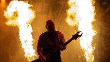 Китаристът Кери Кинг от американската метъл група Slayer, по време на участието им в Будапеща, Унгария.