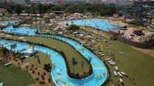 Гледка над аквапарк  Dreamland в Минск, Беларус.  Аквапарк  Dreamland се счита за един от най-големите открити аквапаркове в Европа.