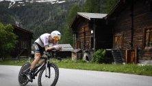 Австралийски ездач в действие по време  на 83rd Tour de Suisse UCI ProTour в Гамс, Швейцария.