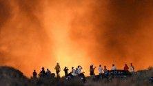 40 жилищни сгради бяха превантивно евакуирани в испанския курорт Марбея заради огромен пожар.
