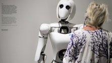 Роботът AILA в музея Futurium в Берлин, част от изложба, която съдържа идеи за бъдещето.