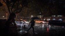 Дъждовно време в Пекин, Китай.