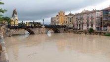 Река Сегура след проливните дъждове, паднали в Мурсия, Испания.
