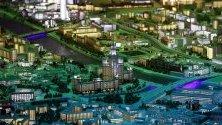 Интерактивен умален модел на Москва с Кремъл в средата, показан в Изложбения център на постиженията на националната икономика (ВДНХ) в Москва. Моделът е в размер 1:400 и покрива площ от 368 кв.м., като прецизно пресъздава над 20 000 сгради и структури.