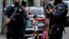 Военни части по улиците на Рио де Жанейро. На 20 септември 8-годишно момиче почина, простреляно в гърба по време на спецоперация в беден квартал.