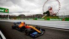 """Карлос Сайнц от """"Макларън"""" преди Гран При на Формула 1 в Япония."""