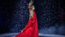 Модно дефиле на Xiong Ying по време на Седмицата на модата в Пекин, Китай.