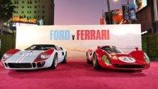 """Ford GT 40 и A Ferrari 330 P4 на премиерата на филма """"Ford v Ferrari"""" в Холивуд."""