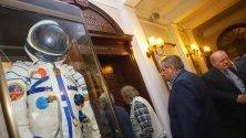 """Непоказвани фотографии, снимани от кораба на първия български космонавт Георги Иванов """"Союз 33"""",показва Институтът за космически изследвания и технологии (ИКИТ) на БАН за 50-годишнината от създаването си."""