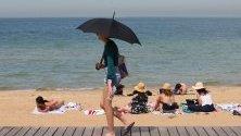 В Австралия отбелязват температурни рекорди, а жегите тепърва обхващат страната.
