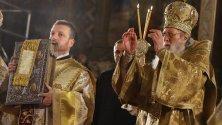 """Патриарх Неофит проведе в храм """"Александър Невски"""" служба за Рождество."""