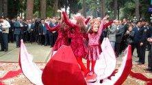 Фестивал на нара в Азербайджан - страната се счита за единствената, в която растат всички сортове нар.