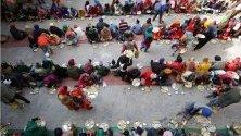 Сикхите в Индия честват годишнината от рождението на десетия сикхски гуру Гобинд Сингх