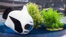 """Дронът Бики """"плува"""" в аквариум по време на CES - Международното изложение за потребителска електроника в Лас Вегас."""