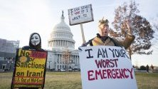Протести срещу военен конфликт с Иран пред Капитолия във Вашингтон. В протестите участват MoveOn, Indivisible, Win Without War, Националния ирано-американски съвет (NIAC) и About Face: Veterans Against the War groups.