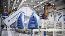 "Производство на части за ракетата ""Ариана 6"" в Aerospace в Аугсбург, Германия."