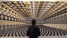 Изложба на италианския творец Педро Фридеберг по време на арт изложението Zona Maco в Мексико сити.