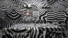 Арт инсталация на японеца Шигеки Мацуяма по време на модно и търговско шоу `rooms 40` в Токио, Япония.