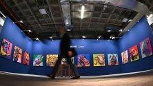 """Творба """"Зодиак"""" на Ай Вейвей, изложена на щанда на галерия """"Форсблом"""" от Хелзинки, по време арт панаира ARCO Madrid в Мадрид, Испания."""